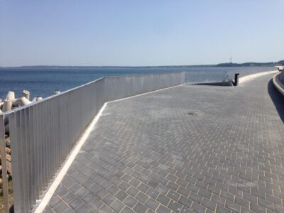 Tallinna sadama alumiinium piirded